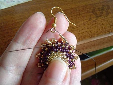 яйцо из бисера схема для начинающих. плетеные бисером схемы павлин серьги. схема орхидеи мозаичного плетения. бисер.